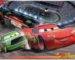 תמונת טפט ספידי מקווין במירוץ מכוניות