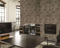 טפט לקיר דמוי עור מרובעים בגוון לבן בהיר