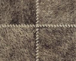 טפט לקיר דמוי עור מרובעים בגוון חום אגוז